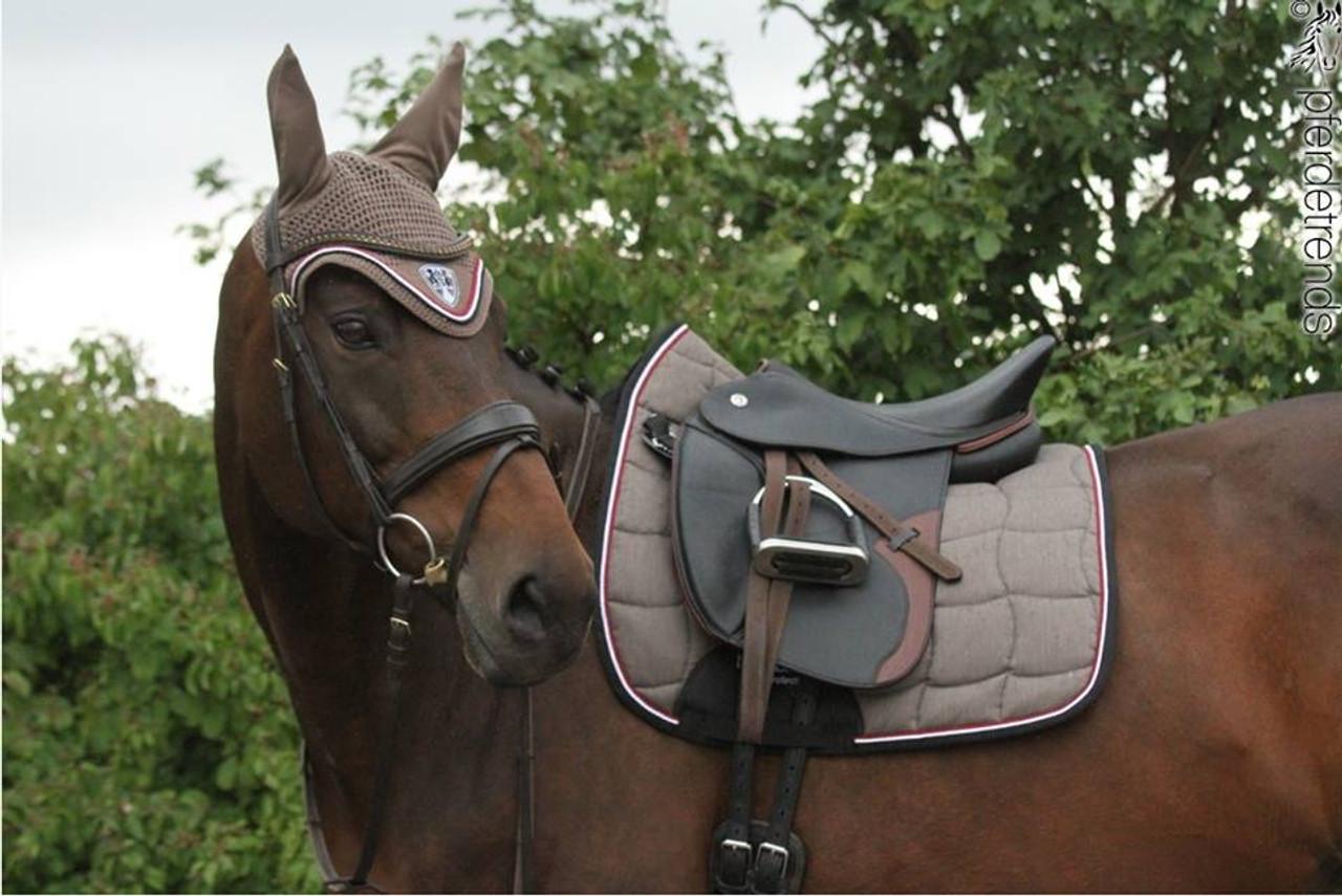 Eskadron Saddle Blankets