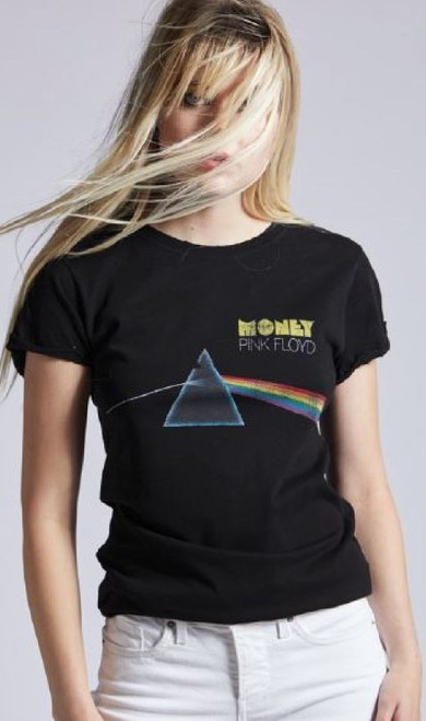 Black Men/'s Black Pyramid Flying Skull T-shirt