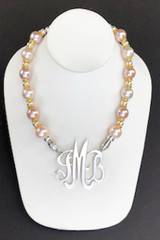 Shell Pearl Necklace: Pink
