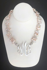 Biwa Freshwater Pearl Necklace (Blush)
