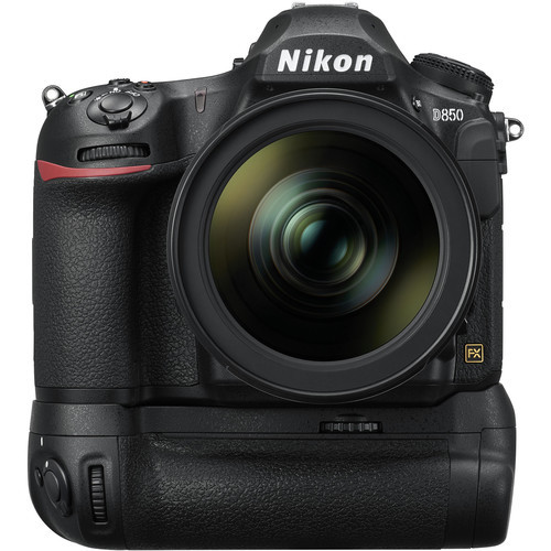 Nikon MB-D18 Multi-Power Battery Pack