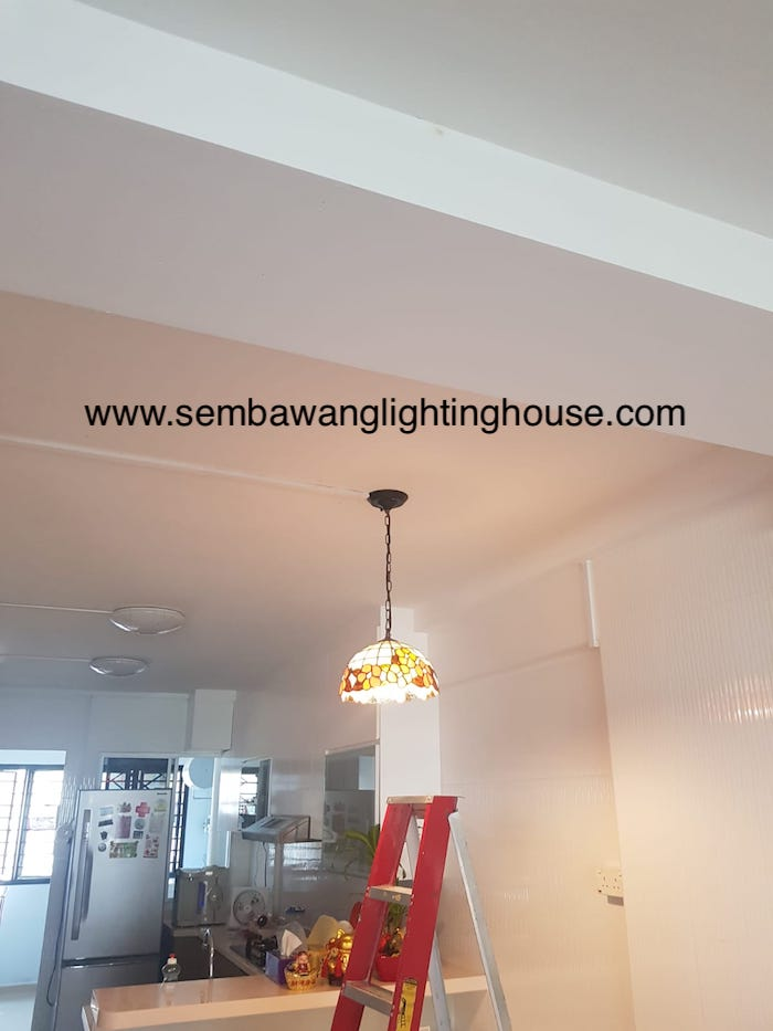 03-led-tiffany-hanging-lamp-in-dining-room-hdb-sembawang-lighting-house.jpg