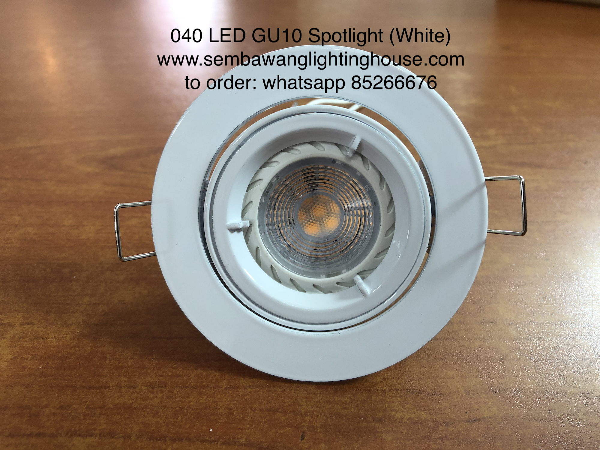 040-wh-led-spotlight-gu10-a.jpg