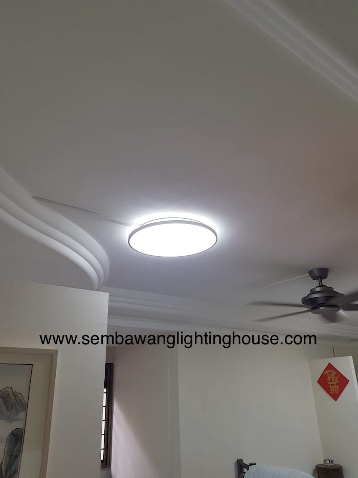 05-led-acrylic-ceiling-lamp-in-living-hdb-sembawang-lighting-house.jpg