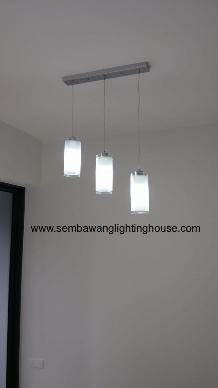 09-led-glass-hanging-lamp-in-dining-room-condo-sembawang-lighting-house.jpg