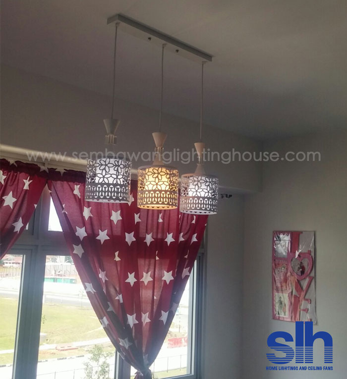 2-dining-lamp-acrylic-condo-sembawang-lighting-house.jpg