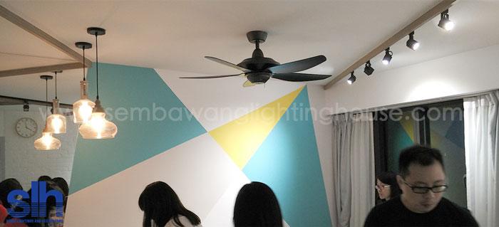 4-led-dining-light-and-fan-bto-sembawang-lighting-house.jpg