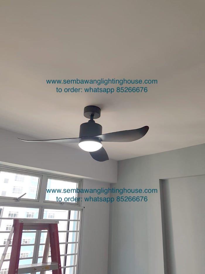 crestar-valueair-3-blade-black-ceiling-fan-sample in hdb BTO living room