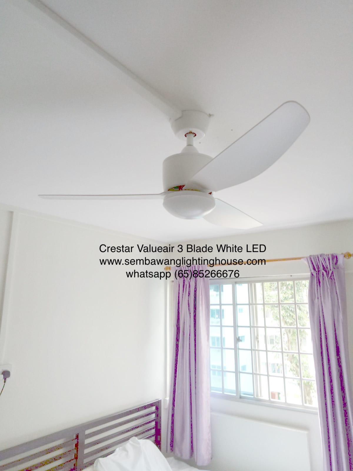 crestar-valueair-3-blade-white-ceiling-fan-sample in HDB master bedroom