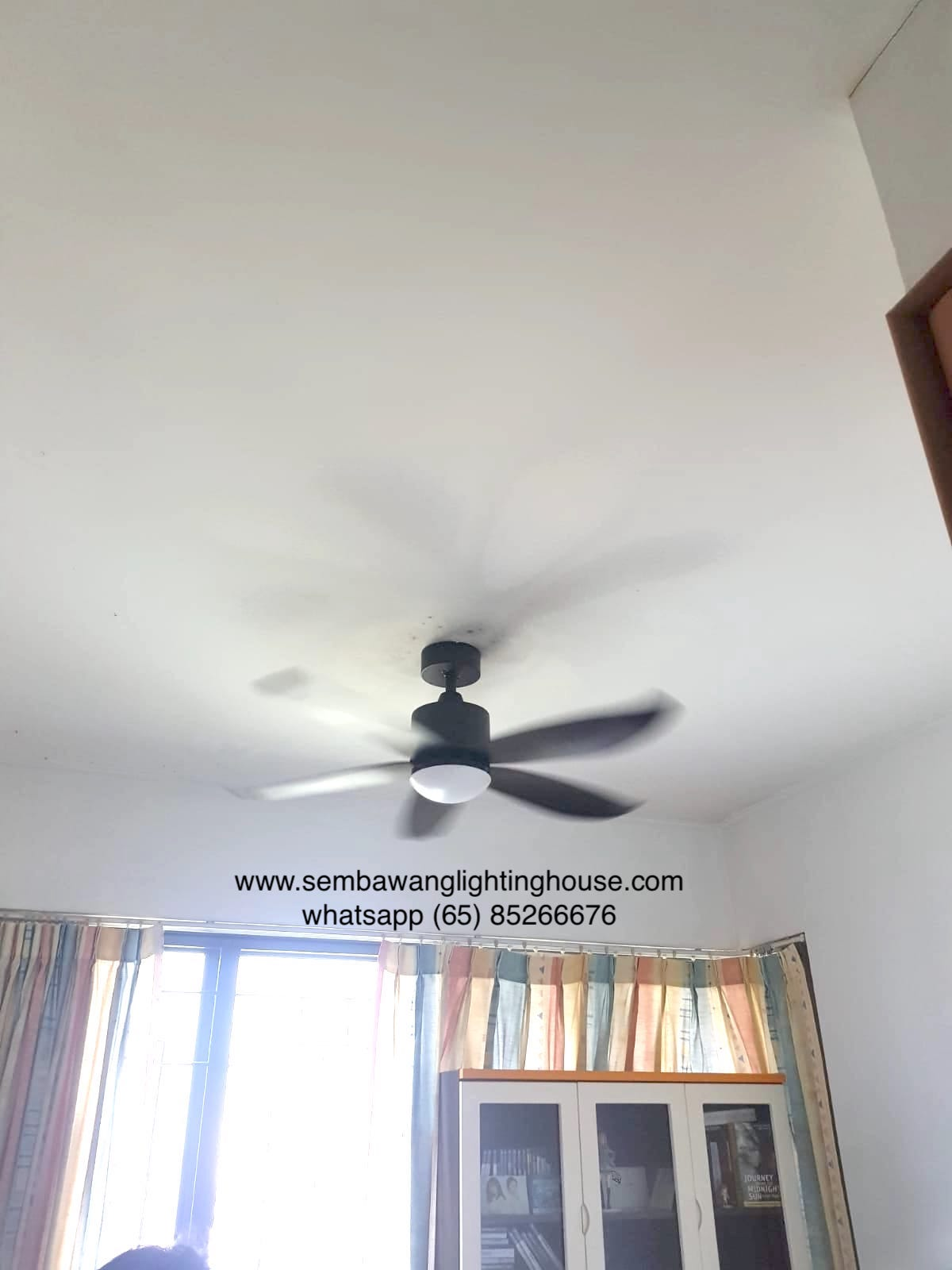 crestar-valueair-5-blade-black-ceiling-fan-sample-sembawang-lighting-house-01.jpg