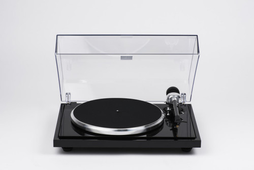 EAT B-Sharp turntable