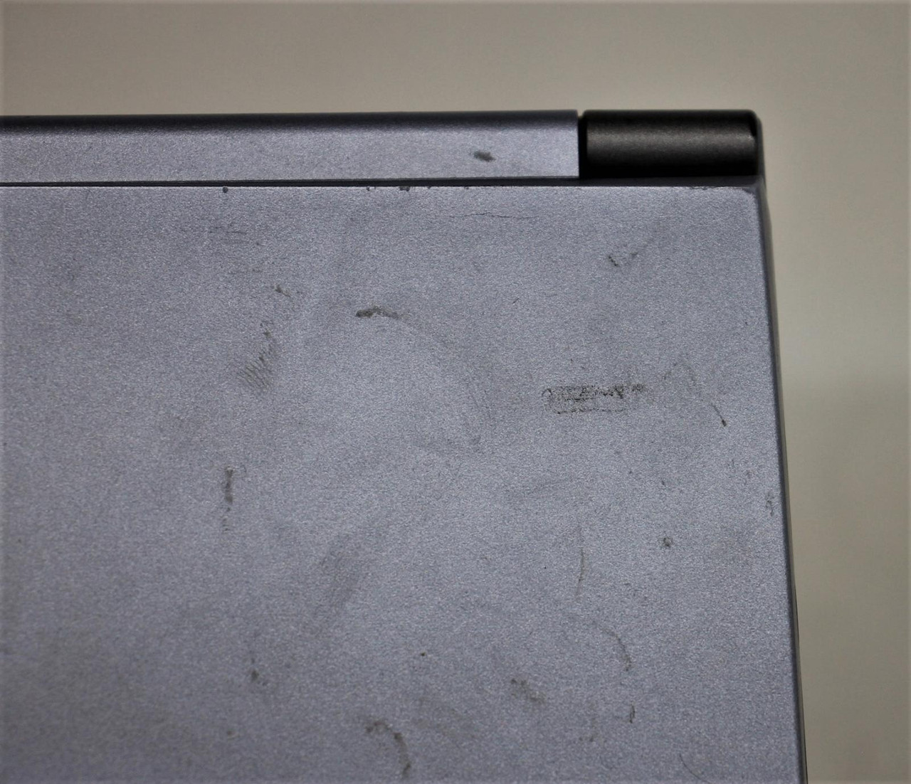"""ASUS Silver L8400 Ultinote 8400-850F 14.1"""" Pentium III Mobile Laptop FAULTY"""