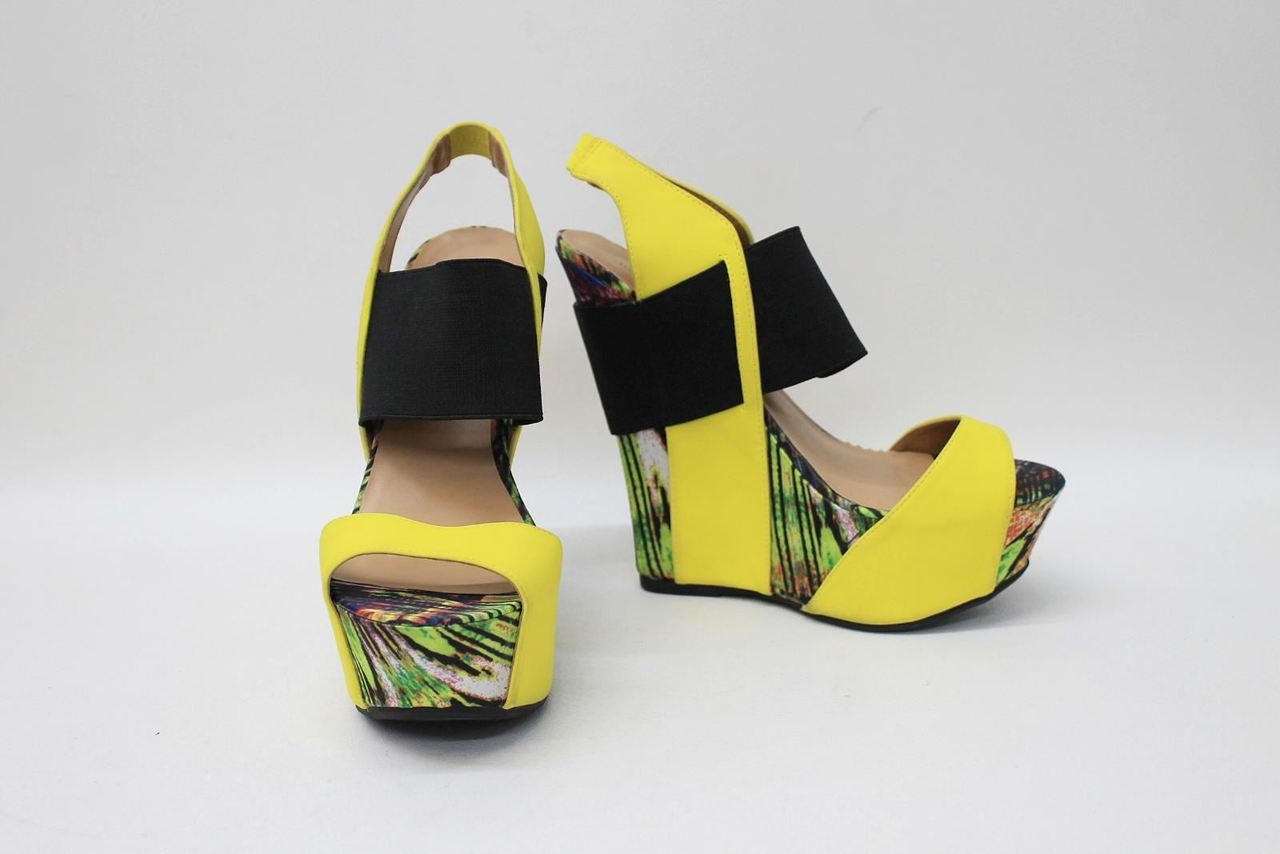 a406e7e8207 NEW DOLLHOUSE Ladies Yellow Green Printed Open Toe Wedges Shoes US9 UK6.5