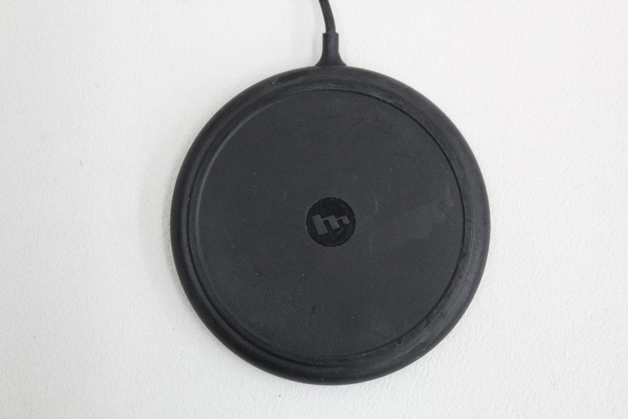 MOPHIE Black Wireless Charging Pad For Apple iPhone & AirPods Recharging Case