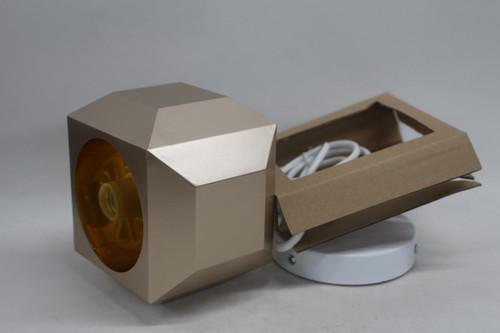 LEE BROOM One Light Only Gold Tone Geometric Small Light 110-130v E26 E27 NEW