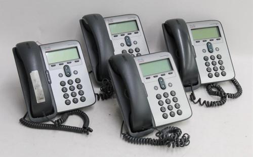 """4x CISCO 7911 3.5"""" Screen Corded Desktop Business Office IP Phones w Stands"""