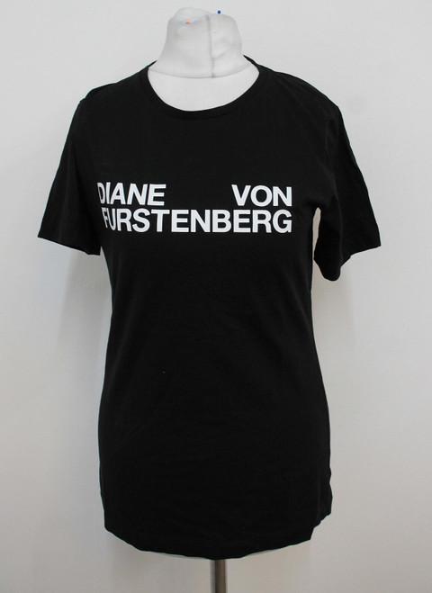 DIANE VON FURSTENBERG Ladies Black Logo Slogan Short Sleeved T-Shirt XS