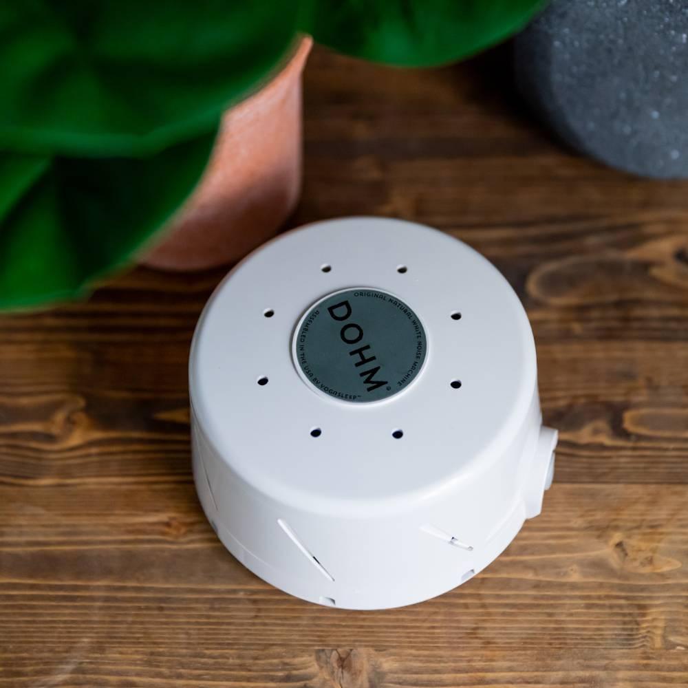 Yogalseep Dohm DS White Noise Machine - White