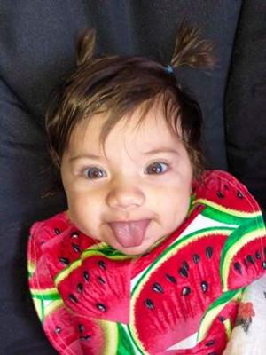 Medium Infant Bib