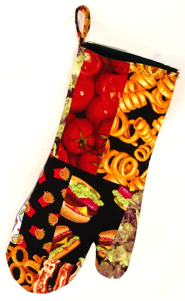 GrubDuds Grill-'n-Grub Oven Mitt, side 1. Mitt measures 15 inches long by 6 inches wide.