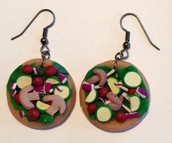 GrubDudz Salad Earrings.