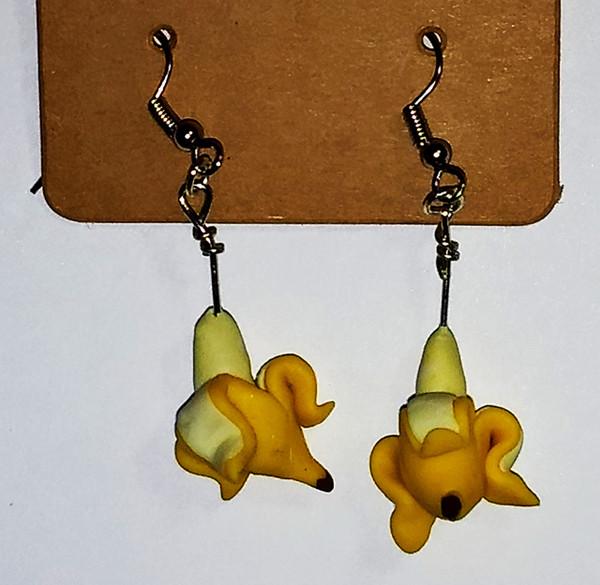 GrubDudz Banana Earrings