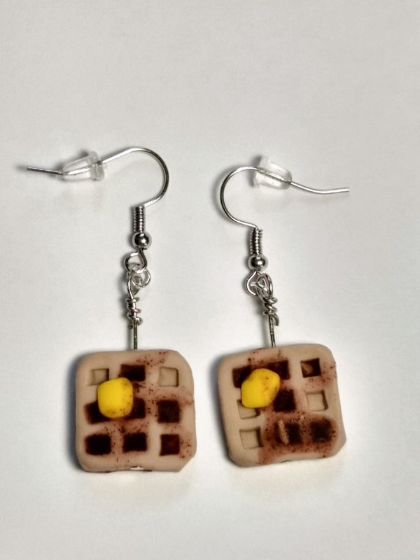 Waffles and Syrup Earrings