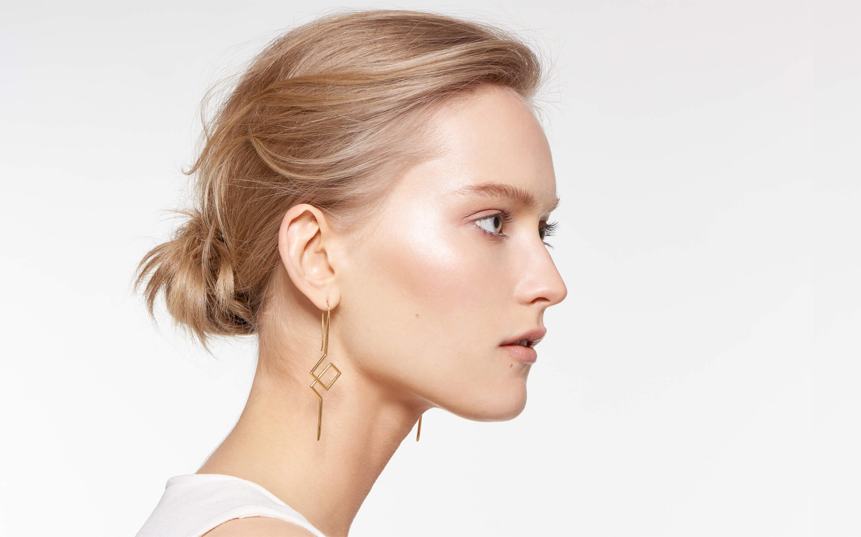 Torsion Earring