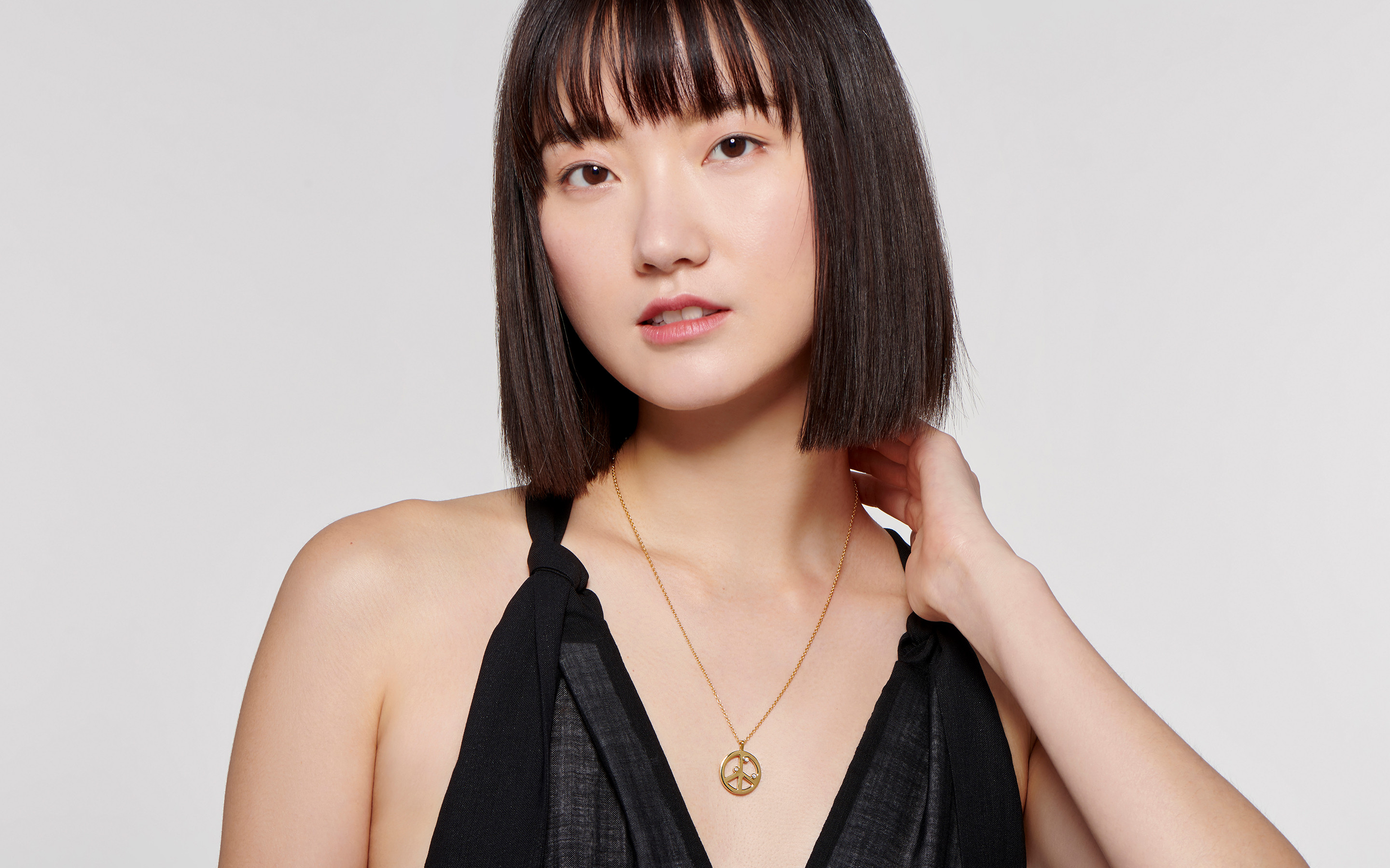 Asian model with bob cut