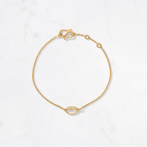 Give 'em some lip. But only if it's gold. Our Mini Lips Bracelet is the perfect symbol of modern love from the Talisman Collection. Handcrafted from 22 karat gold with a gold weight of approximately 3 grams.