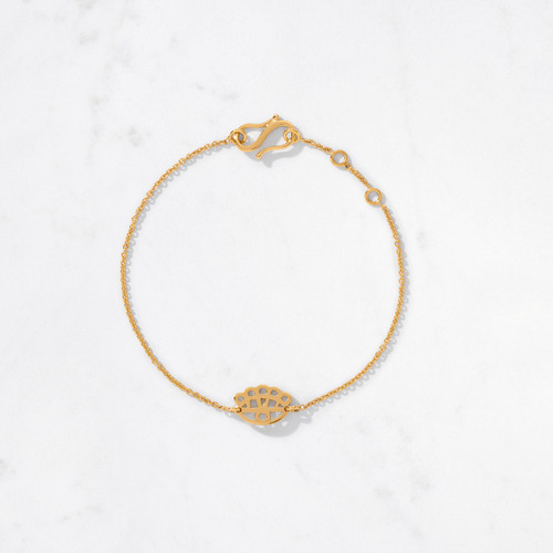 Beauty is in the eye of the beholder. Our Mini Floral Eye Bracelet is a modern nod to the symbolism of the 'evil eye'. Delicately handcrafted in 22 karat gold with a gold weight of approximately 4 grams.