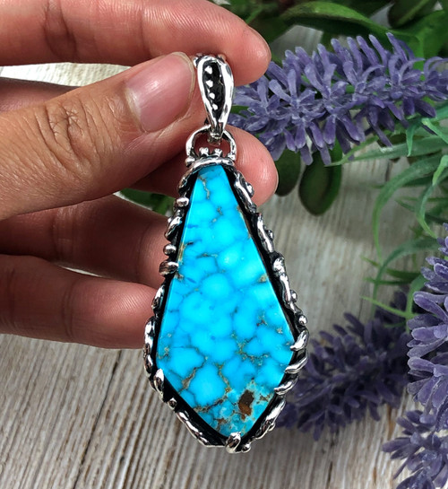 Birdseye Kingman Turquoise pendant