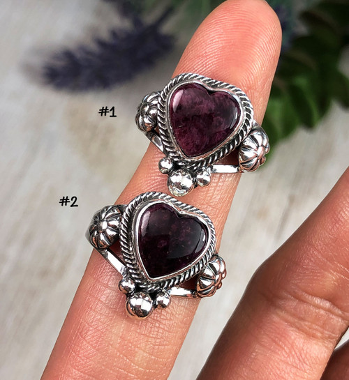 Purple Spiny Oyster Heart Ring