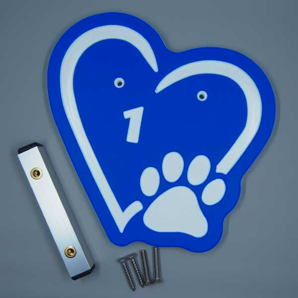 Blue heart kennel numbers / identifiers.