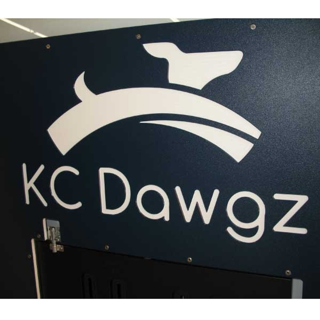 KC Dawgs Gator Kennels gates in navy blue with custom logo.