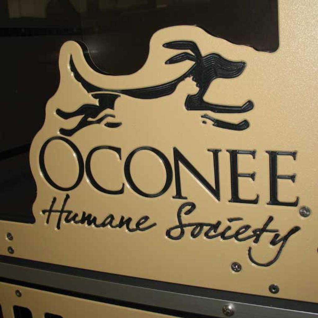 Oconee Humane Society custom logo on their Gator Kennels Cat-Hotel.