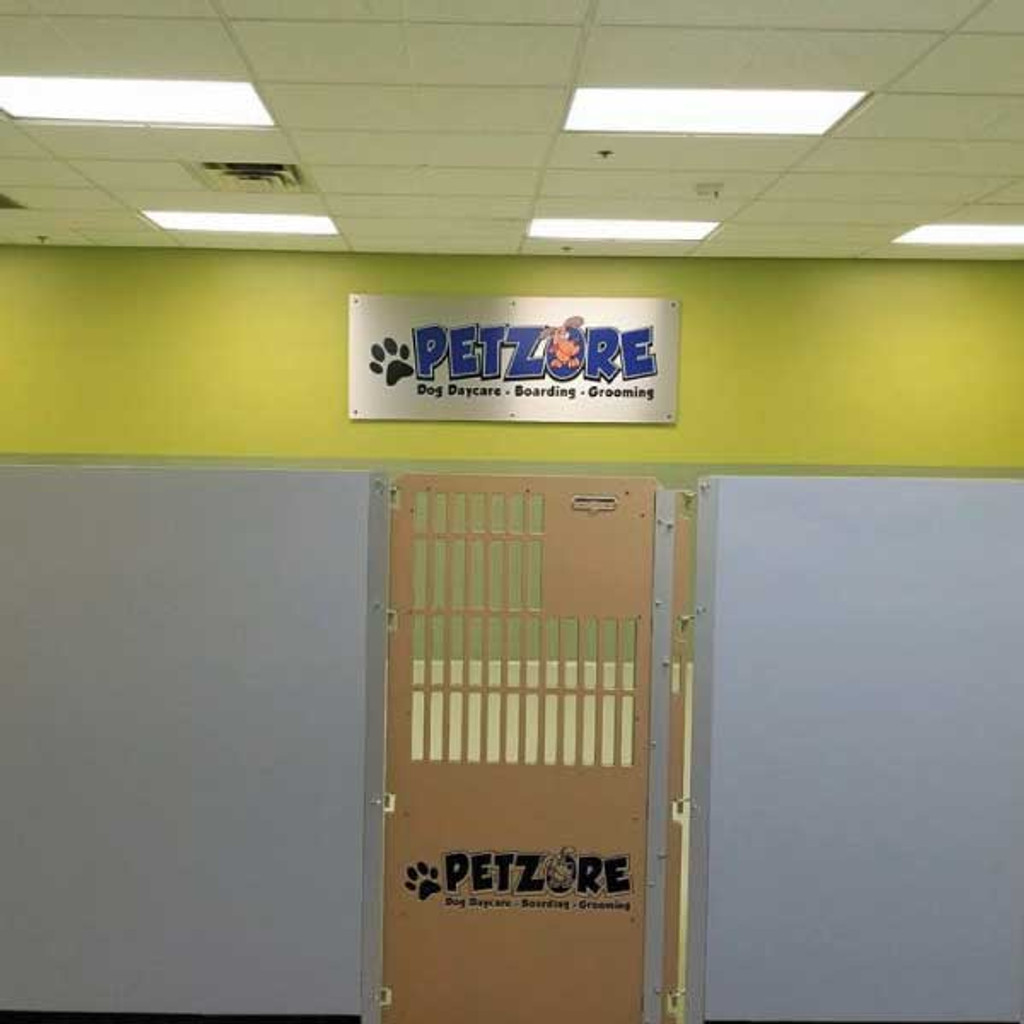 PetZore uses their custom Gator Kennels gates for their play areas.
