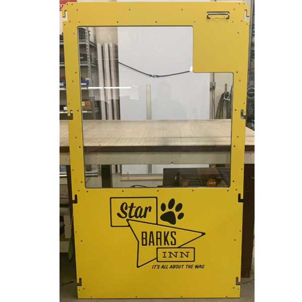 Star Barks Inn custom Gator Kennels gates.