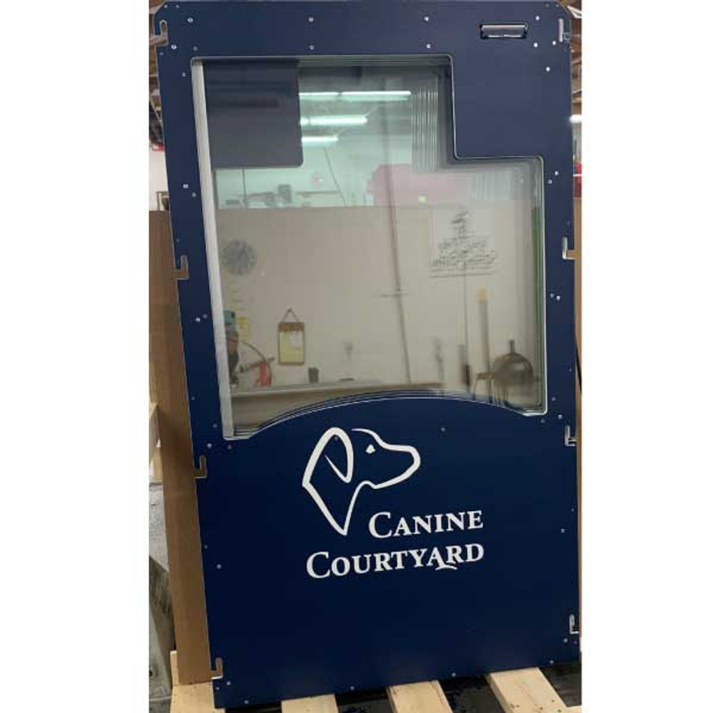 Canine Courtyard's Gator Kennels Signature Series kennel gate.