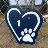 Navy blue heart kennel numbers / identifiers.