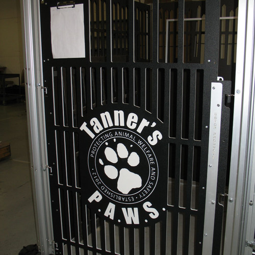 Sponsored kennel gate Tanner's PAWS