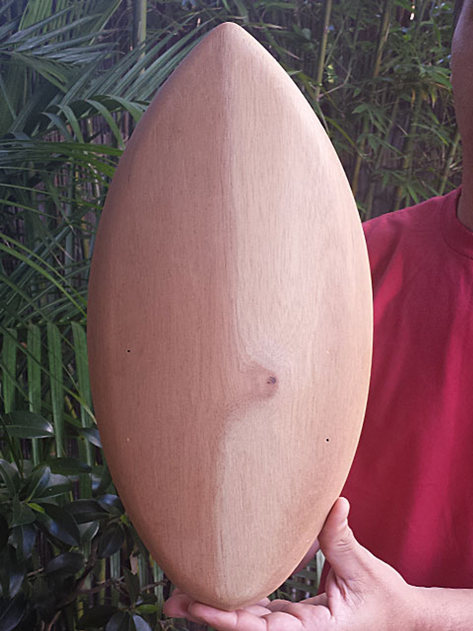 POD Timber Handboards are Limited Edition made from Australia Cedar handcrafted by the founder himself Shane Vassallo, best suited for the dedicated body surfer