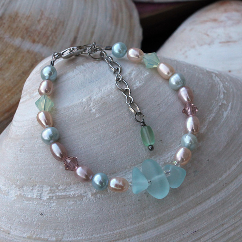 Beach Glass & Pearl Bracelet