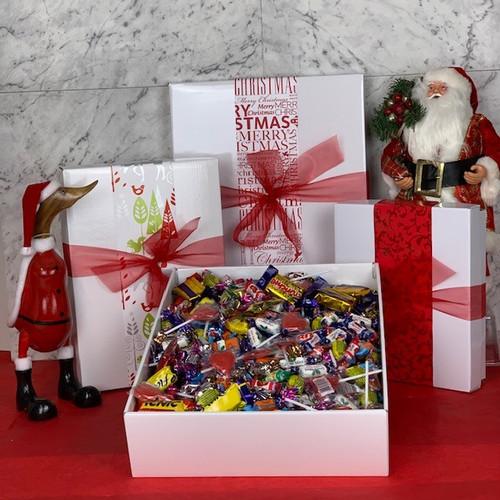 Sweet Treats Lolly Box - Large