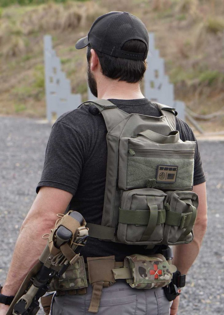 hrt-plate-carrier-and-level-iii-body-armor-plates-730x1024.jpg