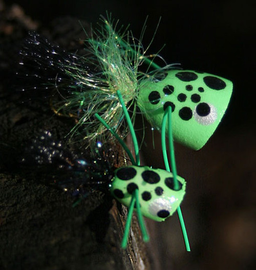 FlyBass Poison-Ivy Poppers - 12/pack