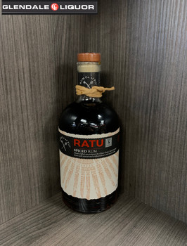 RATU SPICED RUM 5 YEARS AGED 750ML