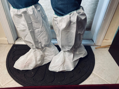 Boot Cover Pair 18 inches Tall Laminated Polypropylene Non Skid 2XL size, 15 inches sole length