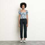 Cropped smocked top with print - Blue
