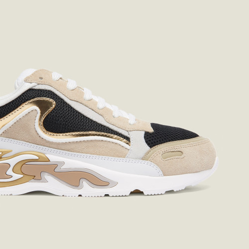 Flame Trainers In Gold - Gold